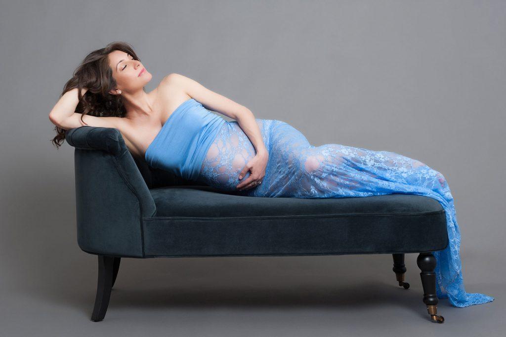 Maternity photoshoot in London
